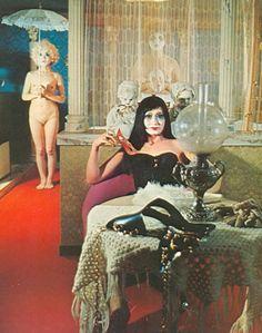 Dali, That Old Black Magic, Tableaux Vivants, Film Inspiration, Stuff And Thangs, Japan Art, Film Stills, Installation Art, Album Covers