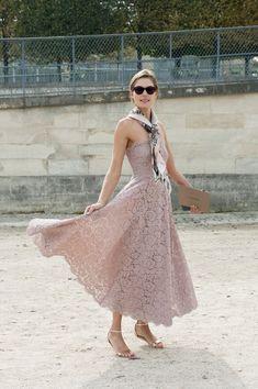 Lovely Lace - Street Style Spotlight: Ladylike Dressing - StyleBistro