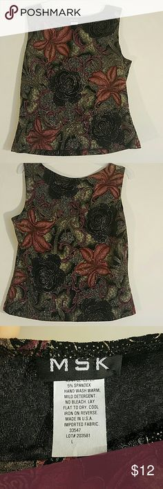 Sleeveless floral print top by MSK Size Large. Great condition! Message me with any questions! Thanks MSK Tops Blouses