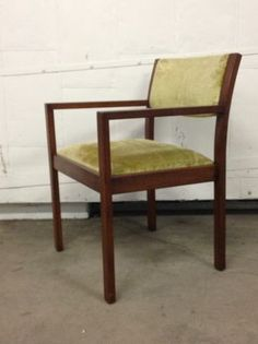 Los Angeles: danish arm chair gunlocke co woodgrain mid century $60 - http://furnishlyst.com/listings/1051778