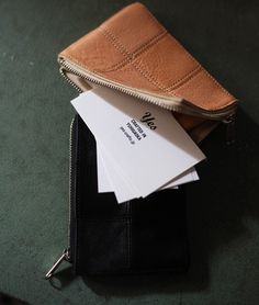 Yes - SQUARE PARTS SERIES SQUARE CARD CASE|LEATHER PRODUCTS OF CRAFTSMANSHIP & PEACE |CRAFTED IN YUHIGAOKA yes