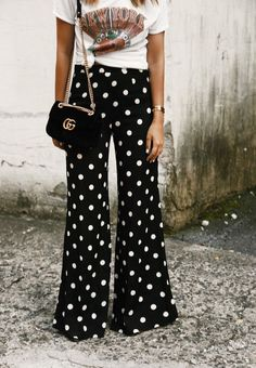 love these wide leg polka dot pants for transitioning into fall!