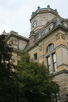 The Butler County, Ohio courthouse. One of the county's foremost active landmarks, this grand 4-story structure was built in the late 19th century is an outstanding example of Second Empire architecture. | www.gettothebc.com | Butler County, Ohio