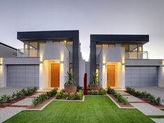 Photo of a house exterior design from a real Australian home - House Facade photo Browse hundreds of facade designs from Australian homes on Home Ideas. Townhouse Designs, Duplex House Design, Duplex House Plans, Modern House Design, Design Exterior, Facade Design, Modern Exterior, Australian Homes, Facade House