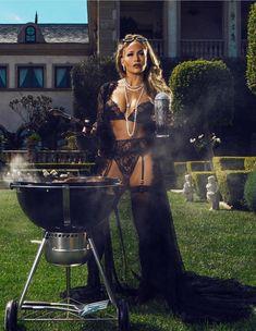 HĹą: Jennifer Lopez masszĂv fenĂŠkvillantĂĄssal dobta fel Ăşj klipjĂŠt Jennifer Lopez Music, Jennifer Lopez Photos, Nylons, J Lopez, Fashion Designer, Celine Dion, Blake Lively, Lady Gaga, Jason Momoa