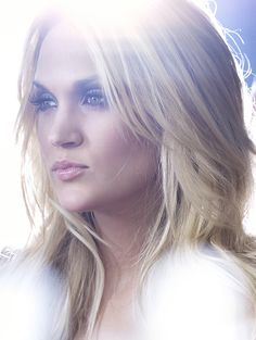 Today's Most Iconic Women — Carrie Underwood