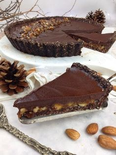 Tarte de maçã (saudável) Vegan Cake, Vegan Desserts, Dessert Recipes, Veggie Recipes, Sweet Recipes, Food Wishes, Good Food, Yummy Food, Magic Recipe