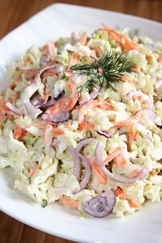 Surówka z kapusty pekińskiej z sosem tzatziki Tzatziki Sauce, My Favorite Food, Favorite Recipes, Salad Recipes, Healthy Recipes, Pasta Salad, Food Porn, Food And Drink, Appetizers