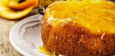 Recipe: Orange Upside-Down Cake Need an elegant cake that's heart-healthy, without compromising taste? Try our Orange Upside-Down Cake. It's low in saturated fat and cholesterol while still tasting decadent. Orange Recipes, Fruit Recipes, Wine Recipes, Dessert Recipes, Orange Syrup Cake, Orange Polenta Cake, Food Cakes, Mandarin And Almond Cake, Heart Healthy Desserts