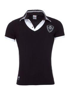 T-shirt/Polo. Combineert een heren t-shirt met een polo kraag.
