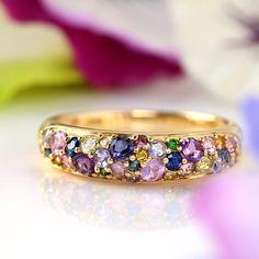 スミレブーケ Sumire Bouquet パヴェリング|ビズー  BIZOUX Clay Jewelry, Jewerly, Jewelry Design, Golf, Wedding Rings, Engagement Rings, Crystals, Stone, Purple