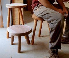 milkmaid stool / gray works design