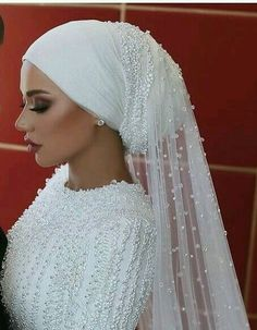 muslim wedding dresses without hijab Hijabi Wedding, Wedding Hijab Styles, Muslimah Wedding Dress, Arab Wedding, Muslim Wedding Dresses, Muslim Brides, Wedding Veils, Designer Wedding Dresses, Muslim Girls