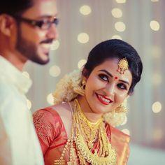 Image may contain: 2 people, closeup Kerala Bride, Indian Bridal, Bridal Collection, Close Up, Engagement Photos, Cool Photos, Brides, Ss, Wedding Photography