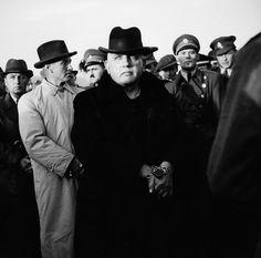Senát Národného súdu Československej republiky vyniesol pred 73 rokmi 15. apríla 1947 v Bratislave rozsudok smrti nad prezidentom vojnovej Slovenskej republiky... Nhl, Volkswagen, Che Guevara, Youtube, Historia, Youtubers, Youtube Movies