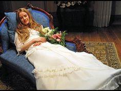 死んだはずのビューティフルな女性が俺に微笑みかけたんだが!映画『アンジェリカの微笑み』予告編 - YouTube