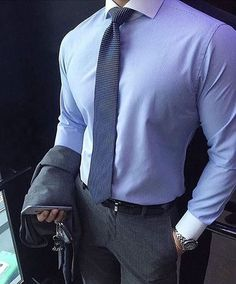 men suits classy -- Click VISIT link above to see Formal Men Outfit, Outfits Casual, Mode Outfits, Mens Fashion Suits, Mens Suits, Business Casual Men, Men Casual, Casual Chic, Moda Formal