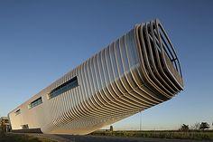 Bedrijfsgebouw Wilo Nederland, Westzaan (Benthem Crouwel Architecten)Duurzaam in staal: bouwprojecten met PCM