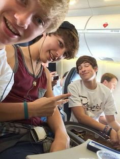 Ahhh fetus them Colby Brock, Sam And Colby, Aaron Doh, Brennen Taylor, Love Sam, Jessie Paege, Dan And Phil, Jake Weber, Roommates