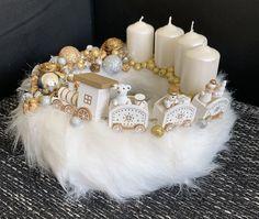 Christmas Centerpieces, Christmas Decorations, Winter Christmas, Xmas, Diy, Wreaths, Candles, Inspiration, Christmas Tabletop