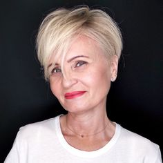 20 Ageless Hair Colors for Women Over 50 Blonde Undercut Pixie plus de 50 Fine Hair Styles For Women, Hair Color For Women, Short Hair Cuts For Women, Short Hair Styles, Short Cuts, Bob Hairstyles For Fine Hair, Hairstyles Over 50, Short Hairstyles For Women, Cool Hairstyles