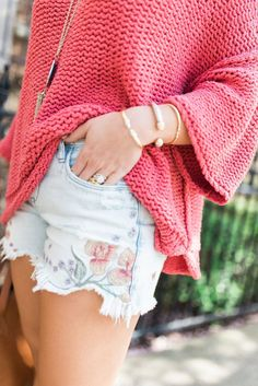 Summer Style Inspo via Glitter & Gingham / Free People Sweater / Embroidered Shorts / Kendra Scott Rayne Necklace