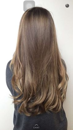 Luscious Balayage With Subtle Purple Tones - 20 Stunning Examples of Mushroom Brown Hair Color - The Trending Hairstyle Beige Blond, Brown Blonde Hair, Light Brown Hair, Brunette Hair, Blonde Makeup, Honey Hair, Balayage Hair, Subtle Balayage, Brown Hair Colors