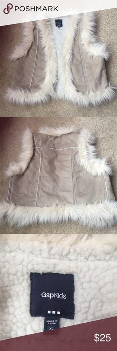 Girls Gap Vest Girls Gap fur trimmed vest. In excellent condition... GAP Jackets & Coats Vests