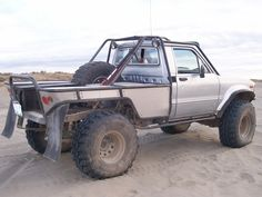 Pics of your favorite Toyotas Toyota Pickup 4x4, Toyota Trucks, 4x4 Trucks, Cool Trucks, Truck Flatbeds, Truck Camping, Truck Bed, Pick Up, Ute Trays