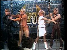 Bucks Fizz - Piece Of The Action (WWF Club)