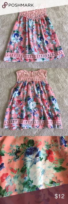 Blue Sketch Pink Floral Sleeveless Blouse sz Lg Never worn, great for spring and summer! Blue Sketch Tops Blouses