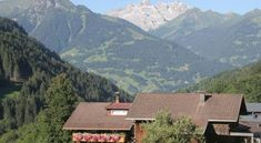 Holiday home Elisabeth Silbertal - #Apartments - $68 - #Hotels #Austria #Silbertal http://www.justigo.biz/hotels/austria/silbertal/elisabeth-silbertal_48146.html