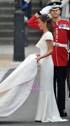 Loved Pippa's dress!