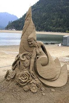 Come to Cannon Beach this summer to attend Cannon Beach's Sand Castle Competition event! Snow Sculptures, Sculpture Art, Oregon Beaches, Buddha, Ice Art, Snow Art, Grain Of Sand, Cannon Beach, Beach Art