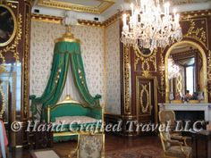 Travel Picture: Day 26. Bedroom of King Stanisław August Poniatowski, Warsaw Castle, Warsaw, Poland. http://www.handcraftedtravel.com/blog.php?id=2218278376627579298