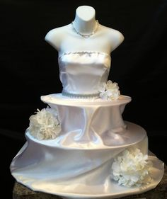 1000 images about dress form on pinterest house divided for Wedding dress display at home