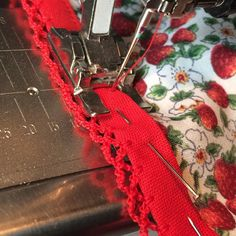 Bog-eyed today. More late night sewing. This binding is a joy to sew with @coolcrafting.  #luna #cotton #fabric #dressmaking #sewing #stitching #sewingmachine #cloth #textiles #red #strawberries