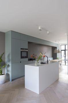 Design My Kitchen, Contemporary Kitchen Design, Kitchen Living, New Kitchen, Kitchen Furniture, Kitchen Interior, Happy New Home, Kitchen Rules, Minimalist Kitchen