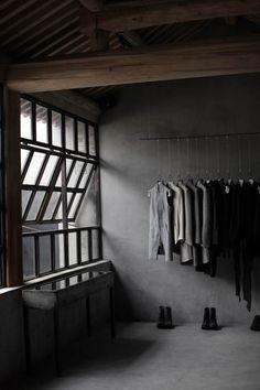 Fracta Materia. Goachi It's all about creating the right vibe. www.goachi.com