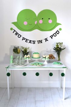 How adorable is this two peas in a pod baby shower for twins! See more party ide. - How adorable is this two peas in a pod baby shower for twins! See more party ide… – # - Regalo Baby Shower, Baby Shower Cards, Baby Shower Favors, Shower Party, Baby Shower Parties, Baby Shower Invitations, Baby Shower Gifts, Baby Showers, Baby Gifts