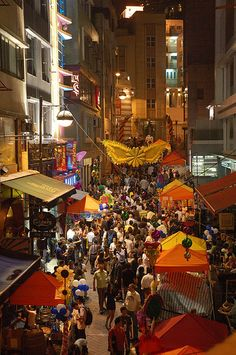 L-shaped Lan Kwai Fong Street and adjacent D'Aguilar Street form one of Hong Kong's busiest nightlife precincts, with many bars, pubs and excellent restaurants that are popular by locals, expats and tourists alike...