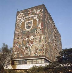 Photograph:The Library of the National Autonomous University of Mexico in Mexico City is decorated with murals by Juan O'Gorman.