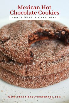 Mexican Dessert Recipes Discover Mexican Hot Chocolate Cookies - Practically Homemade Soft and chewy chocolate cake mix cookies that are double dipped in a cinnamon sugar mixture for just the right hint of cinnamon flavor. Cake Mix Desserts, Cake Mix Cookie Recipes, Easy Cheesecake Recipes, Cake Mixes, Hot Desserts, Thm Recipes, Dinner Recipes, Chocolate Cake Mix Cookies, Chocolate Cookie Recipes