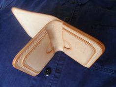 Veg tan leather wallet. Handmade от SleepingDogsLeather на Etsy