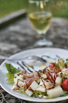 sałatka z melona i szynki parmeńskiej