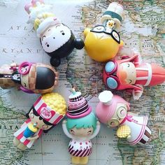 Shop from the official home of kawaii Momiji dolls. Momiji Doll, Kokeshi Dolls, Kawaii Diy, Kawaii Faces, Biscuit, Cat Doll, Anime Dolls, Clay Design, Vinyl Toys