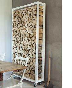 Top 31 Super Smart DIY Storage Solutions For Your Home Improvement DIY Outdoor Firewood Storage Outdoor Firewood Rack, Firewood Holder, Indoor Firewood Storage, Buy Firewood, Firewood Logs, Diy Casa, Diy Home, Home Decor, Into The Woods