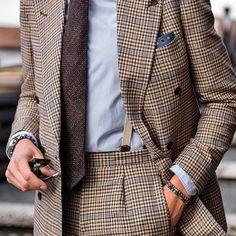 Bespoke double breasted suit by Leonida Ferrarese... | Francesco Celentano