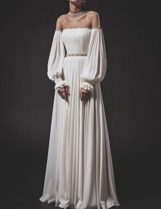 "aishwaryaaraiii: ""Top 5 Looks from Krikor Jabotian SS 2019 Collection "" Elegant Dresses, Pretty Dresses, Fantasy Gowns, Beautiful Gowns, Dream Dress, Costume Design, Ball Gowns, Fashion Dresses, Prom Dresses"