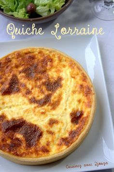 Quiche lorraine de Cyril Lignac recette facile - The Best Breakfast and Brunch Spots in the Twin Cities - Mpls. Vegan Breakfast Recipes, Snack Recipes, Cooking Recipes, Low Carb Diets, Chefs, Quiches, Lorraine Recipes, Bacon Quiche, Quiche Recipes